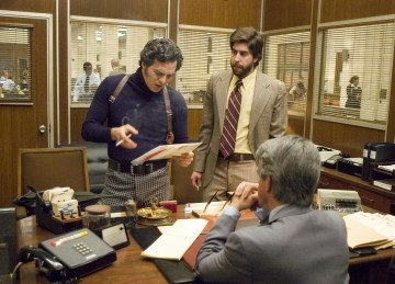 still-of-adam-goldberg-and-mark-ruffalo-in-zodiac-(2007)-large-picture