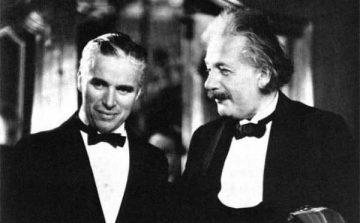 Chaplin-y-Einstein