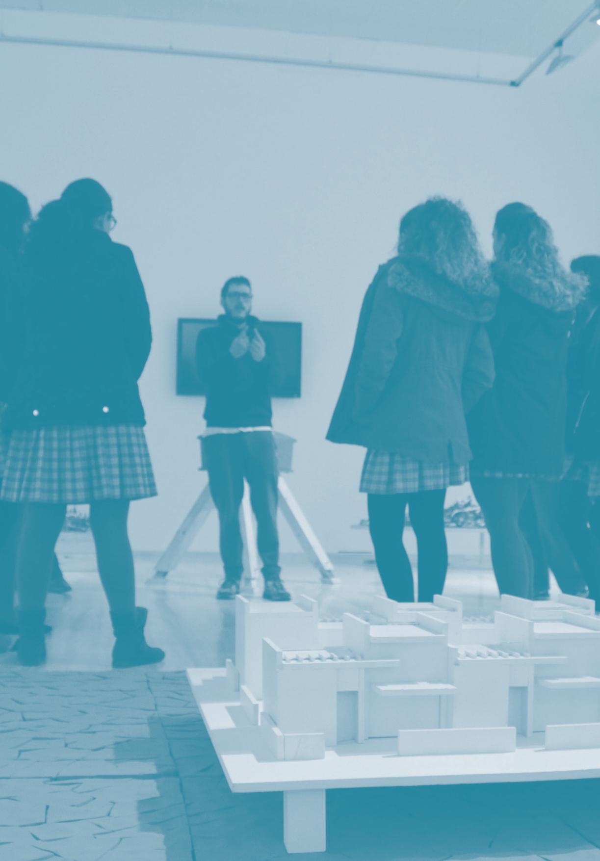 Imagen de portada de Nuevas visitas-taller a nuestras exposiciones de arte contemporáneo: Oihana Cordero (Sala PTS) y Roberto Urbano (Palacio de la Madraza)