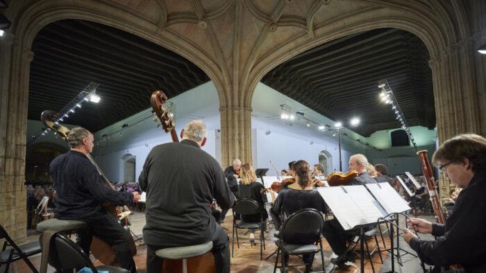 Imagen de portada de Imágenes del Ciclo orquestal de inauguración curso 2019/20 – (I) ORQUESTA CIUDAD DE GRANADA