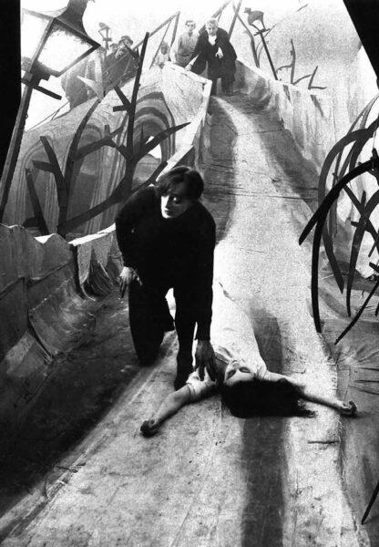 Imagen de portada de El gabinete del Doctor Caligari (1919), La caída de la Casa Usher (1926-1928) y El Corazón Delator (1928)
