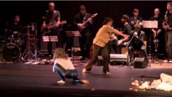 Imagen de portada de Ópera Réquiem para banda de rock, coro, trompetas del Apocalipsis y danza