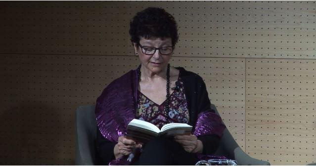 Imagen de portada de Lectura y comentario con… Ángeles Mora