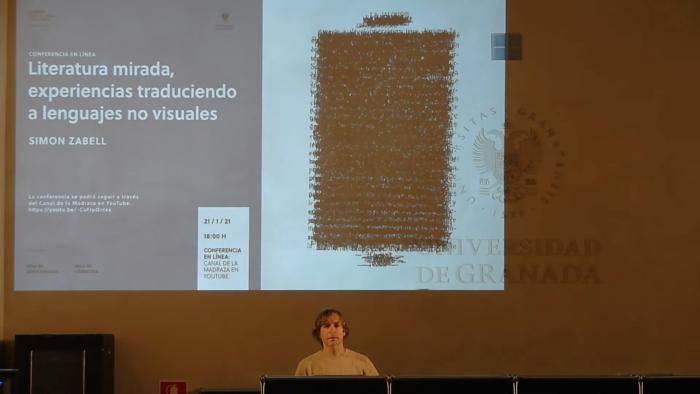 Imagen de portada de Literatura mirada, experiencias traduciendo a lenguajes no visuales