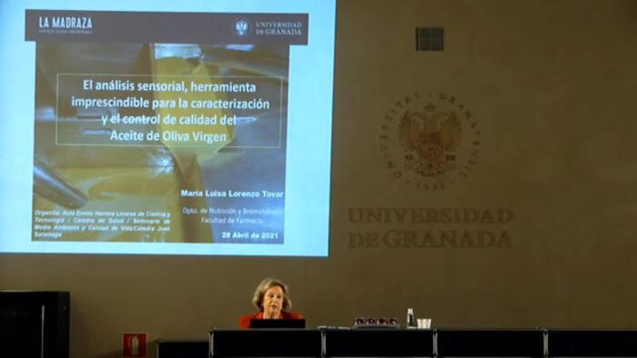 Imagen de portada de EL ANÁLISIS SENSORIAL, HERRAMIENTA IMPRESCINDIBLE PARA LA CARACTERIZACIÓN Y EL CONTROL DE CALIDAD DEL ACEITE DE OLIVA